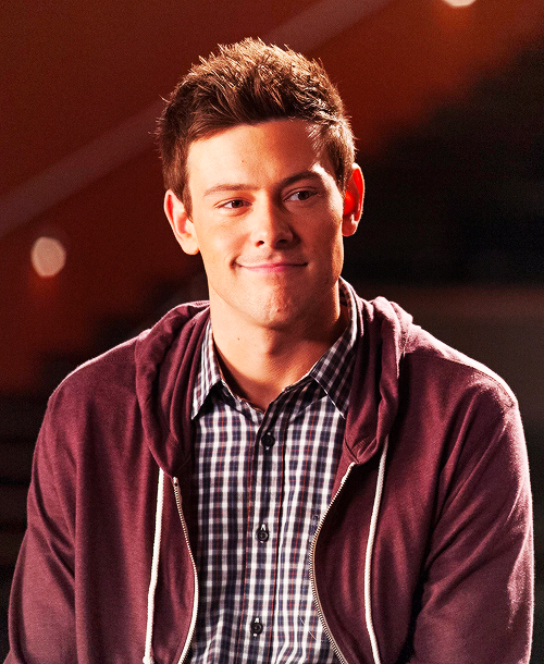 what happens to finn in glee