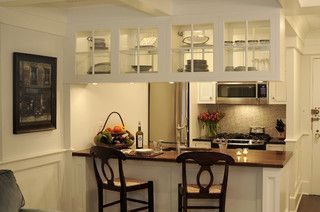 Breakfast Bar P Through With Gl Cabinets Above