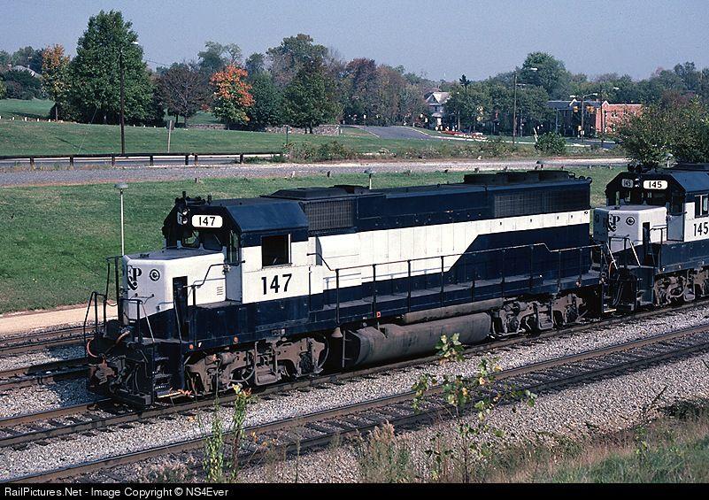 RailPictures.Net Photo: RF&P 147 Richmond, Fredericksburg & Potomac EMD GP40-2 at Alexandria, Virginia by NS4Ever