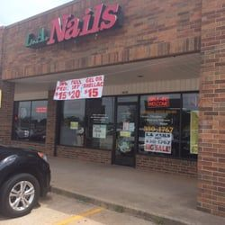 La Nails Focuses On Making Their Customers As Comfortable And Relaxing As Possible And Offer Them With A Pampering And Enjoyable Exp Nail Prices La Nails Nails