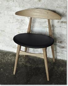 CH33 stol, Hans J. Wegner, spisestue stol i træ. Kr. 2.792,- ( Eg )
