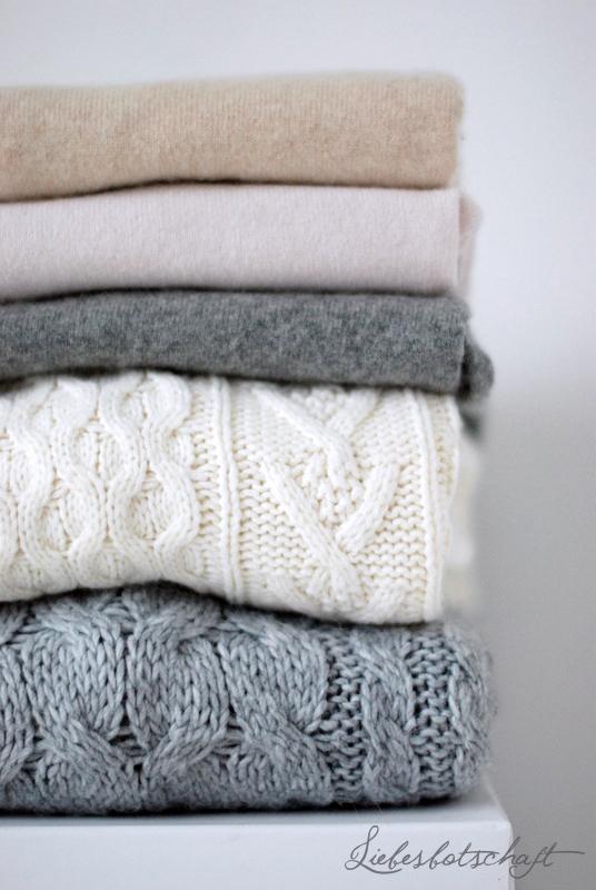 5 schritte zum perfekten kleiderschrank interior pinterest for Minimalistischer kleiderschrank