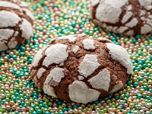 Peppermint Fudge Crinkle Cookies by Kelsey Nixon