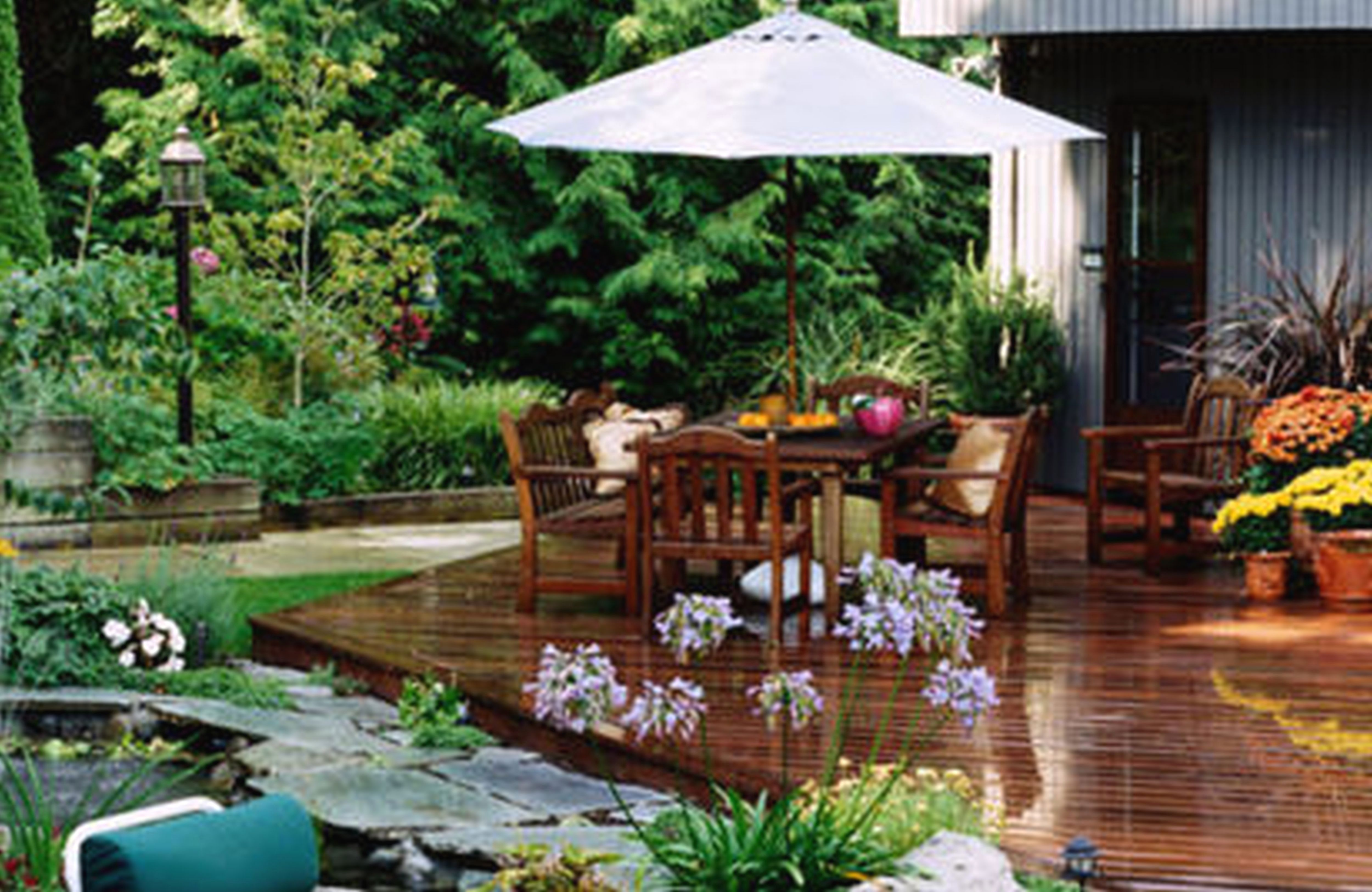 50 Beautiful Garden Projects You Can Create Yourself To Complement