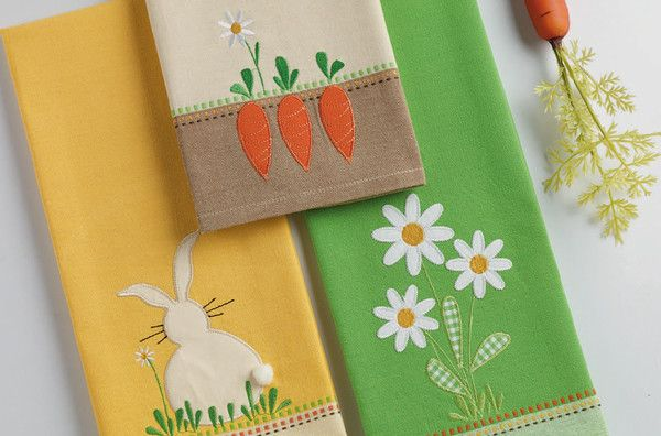 Daisy bouquet embellished dishtowel daisy bouquet embellished dishtowel easter bunny tabletop decor and kitchen textiles at wholesale prices from negle Gallery