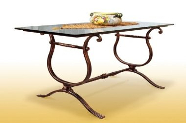 Arredamento Interni In Ferro Battuto : Letti in ferro battuto mobili in legno arredamento esterno interno