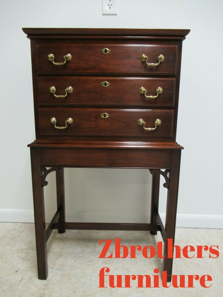 Statton Solid Cherry Chippendale Silver Chest Lamp End Table