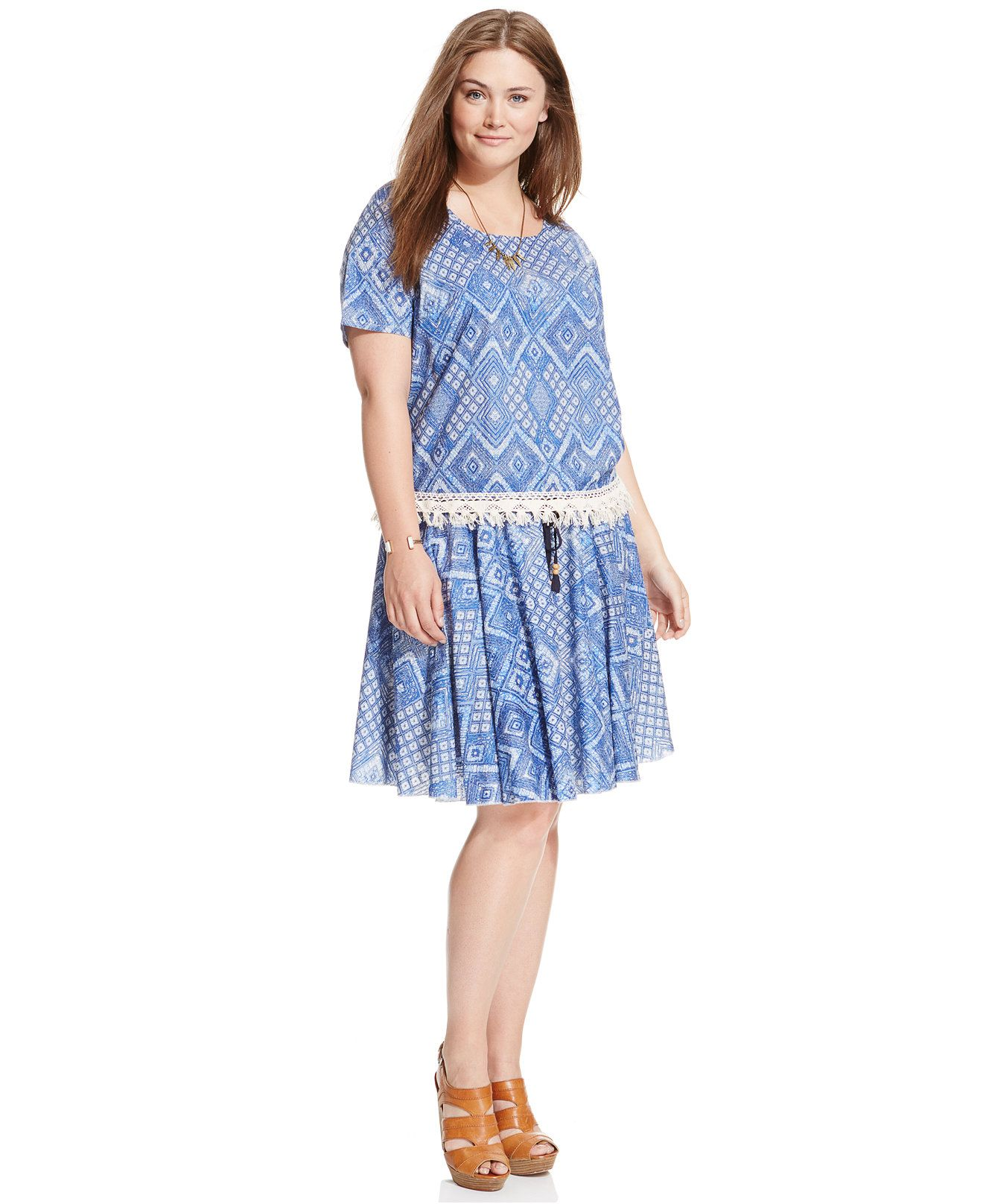 0bc29f450a2 Stevie and Lindsay Plus Size Short-Sleeve Printed Top   Geo-Print Pleated  Skirt