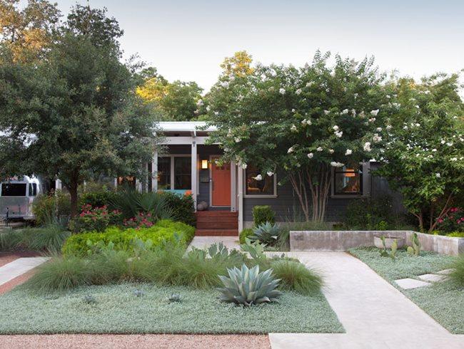 Top Garden Trends For 2019 Garden Design Front Garden Design Front Garden Garden Design