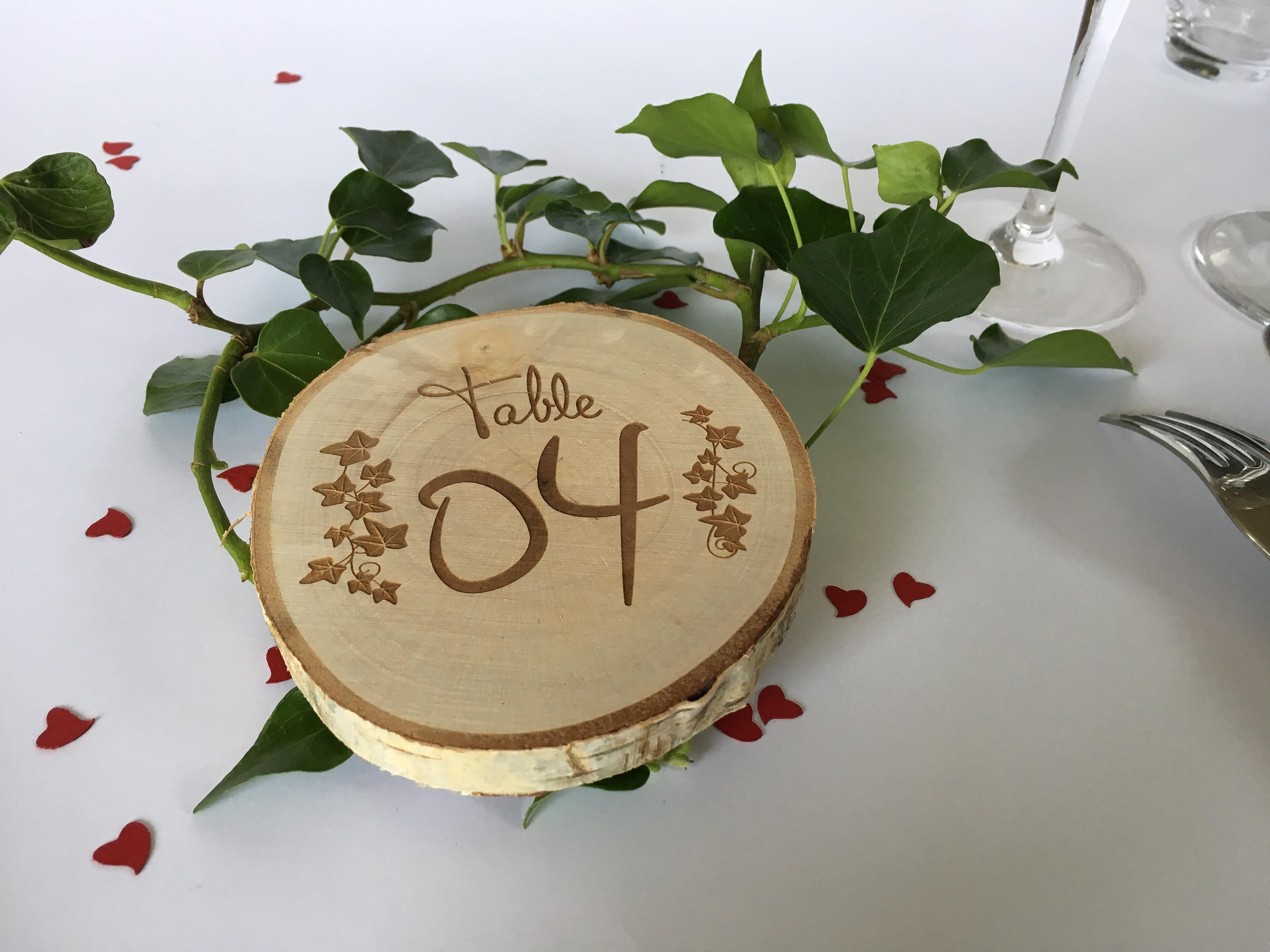 Mark Up Table Engraving On Wood For All Types Of Events Rodin