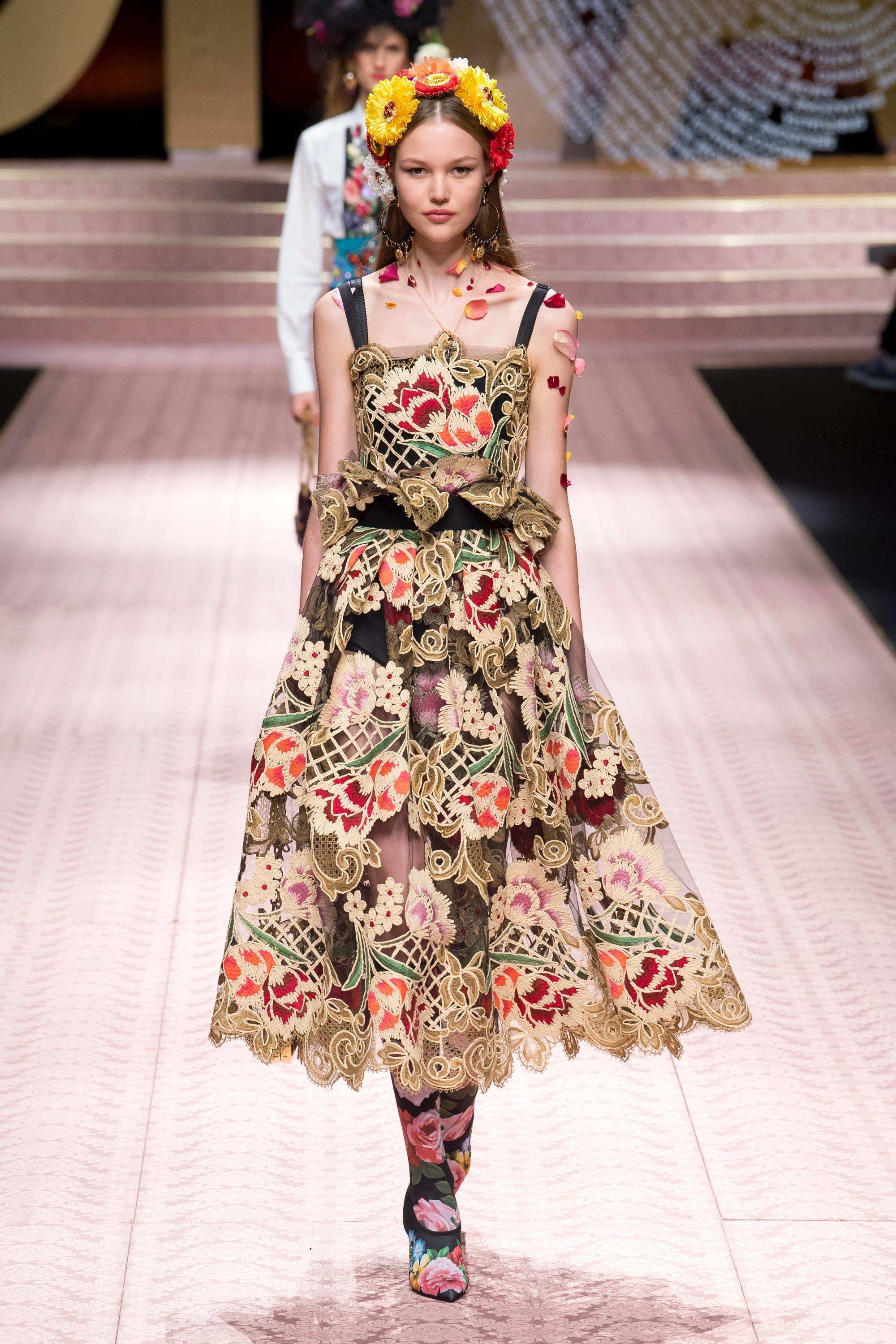 6bfe8705 Dolce & Gabbana Spring 2019 Ready-to-Wear Fashion Show | My Style ...