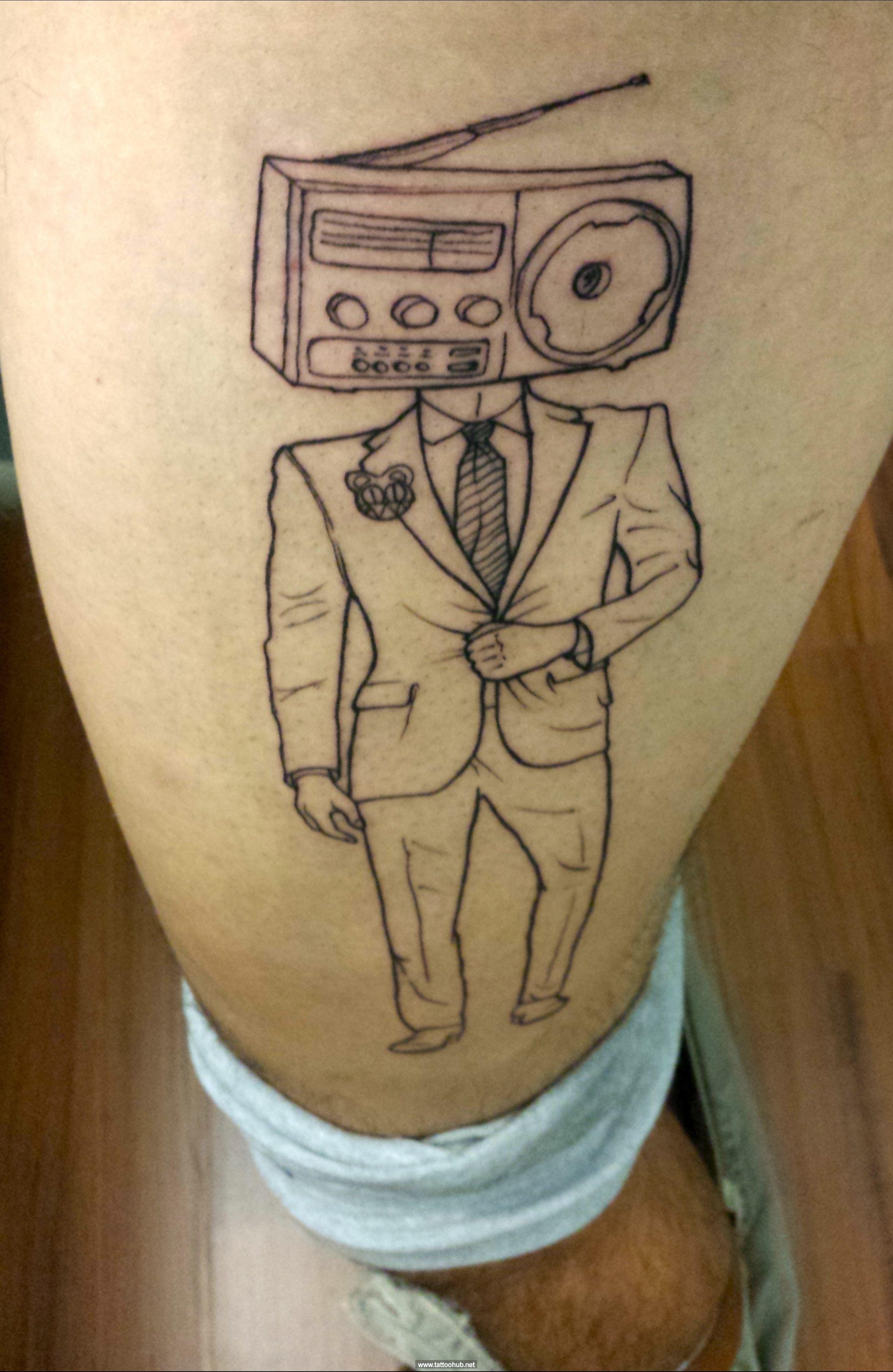 radiohead tattoo art tattoos pinterest radiohead tattoo tattoo art and tattoo. Black Bedroom Furniture Sets. Home Design Ideas