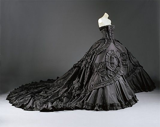 Now THERE'S a dress!
