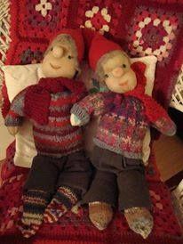 Two little elves