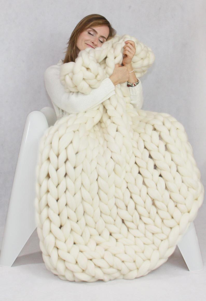 Chunky knit blanket knit blanket giant throw arm knitting