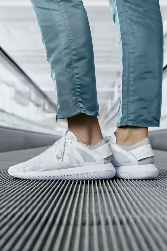 Addidas white trainers men⋆ Men's Fashion Blog - #TheUnstitchd