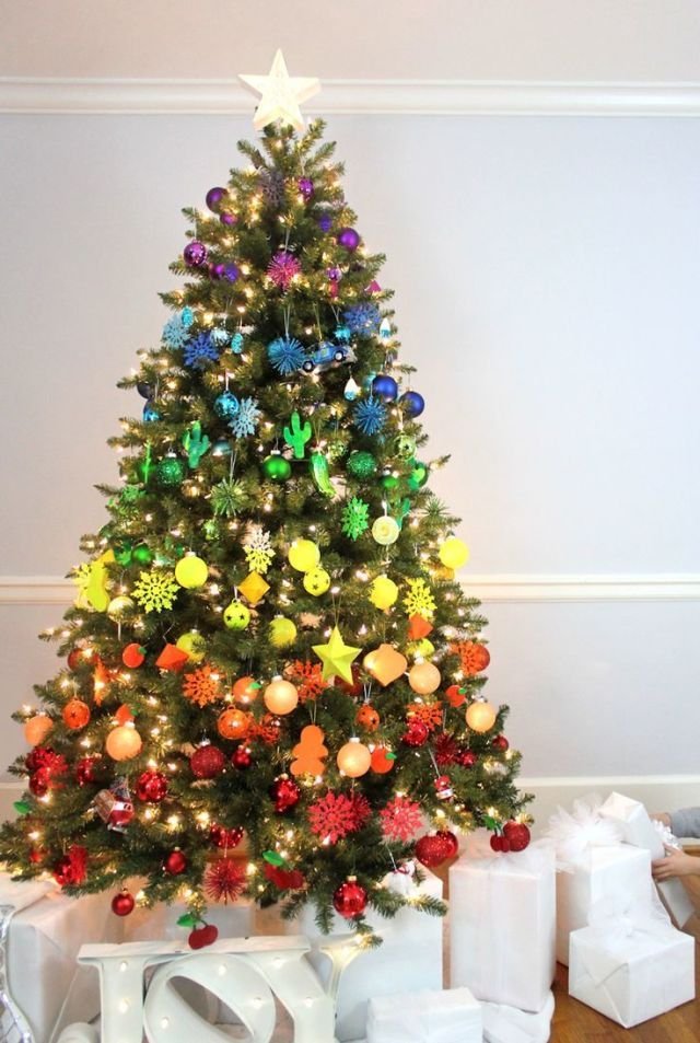 85 Best Christmas Tree Decorations To Try This Year Colorful Christmas Tree Rainbow Christmas Tree Creative Christmas Trees