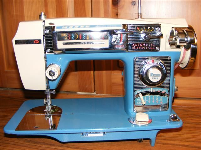 Morse Fotomatic Looks Like A 40 Chevy Tailfin Chrome Dials Amazing Morse 4400 Sewing Machine