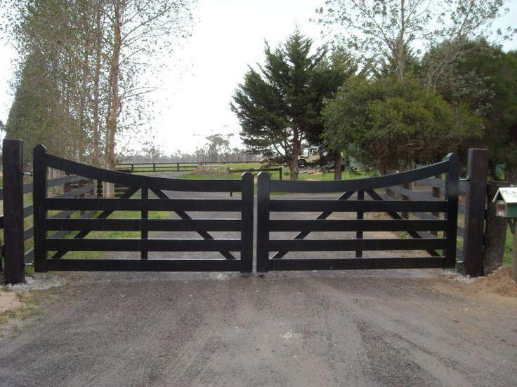 Farm Gate Entrance, Farm Style Driveway Gates