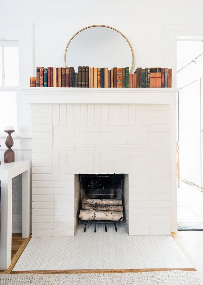 White Brick Fireplace Paint Color Behr Ultra Pure White #WhiteBrickFireplace #WhiteBrickFireplacePaintColor #BehrUltraPureWhite #whitebrickfireplace