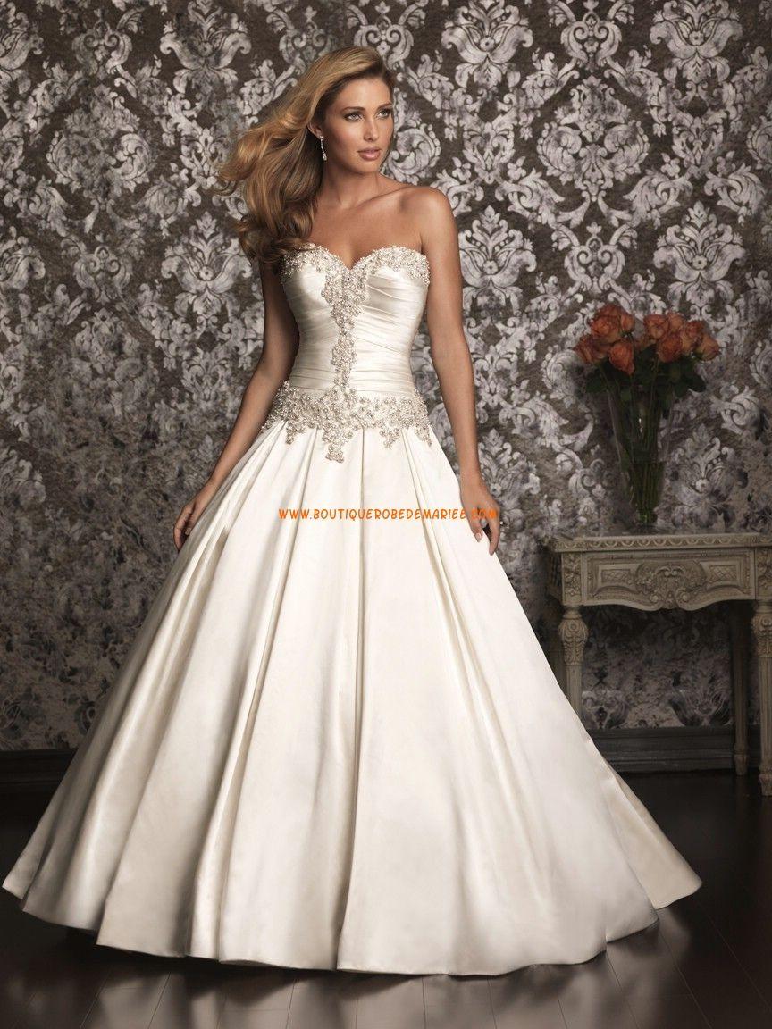 2257f8904d2 Robe de mariée bustier perlé avec lacets satin