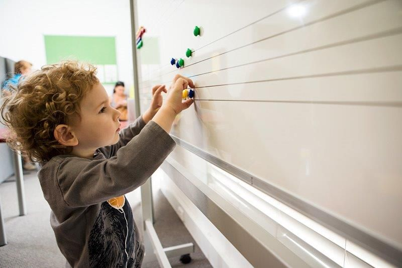 Beeboppermusic class (Age 3). Finding notes on the board!