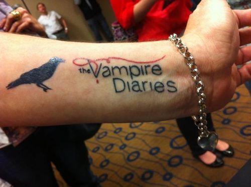 vampire diaries tattoo tattoos pinterest tattoo piercings and tatting. Black Bedroom Furniture Sets. Home Design Ideas