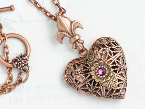 Aromatherapy Necklace, Essential Oil Diffuser, Perfume Locket, Perfume Pendant, Necklace Fleur de Lis, Heart Aromatherapy Locket, 36 Colours