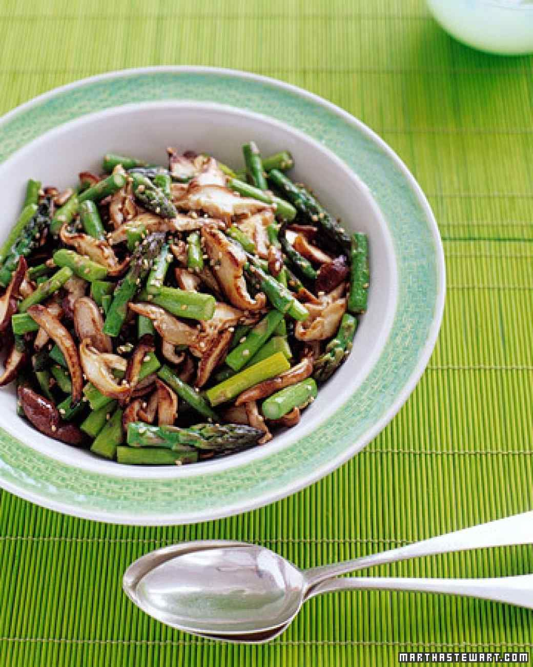 This earthy, satisfying stir-fry of shiitake mushrooms, asparagus, and toasted sesame seeds can serve as a colorful side dish or a light lunch.