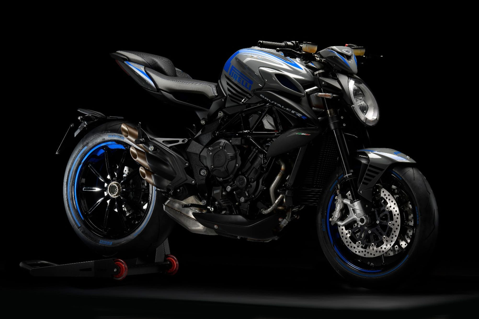 Mv Agusta Rolls Out Updated F3 Rc Models And A Special Brutale Mv Agusta Brutale Mv Agusta Mv Agusta Dragster