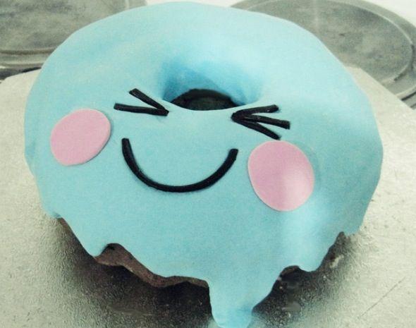 Kawaii doughnut cake