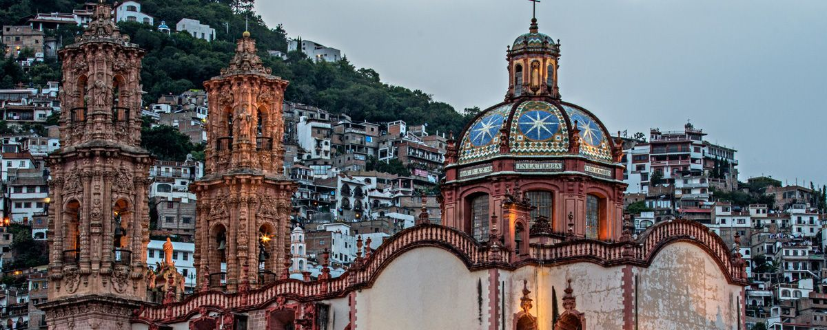 Las iglesias más bellas de México para visitar . Te invitamos a que recorras con nosotros algunas de las iglesias más bellas de México y que sobresalen por su riqueza arquitectónica.