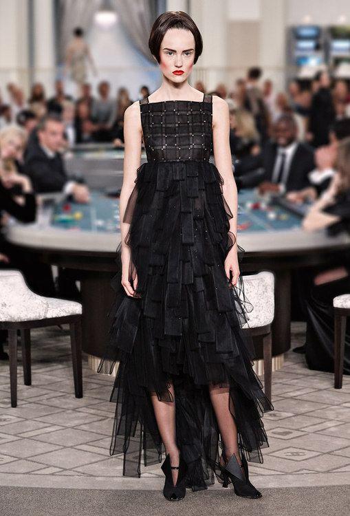 Look 60 Le ultime sfilate e le collezioni Prêt-à-Porter & Accessori e Haute Couture sul sito ufficiale CHANEL