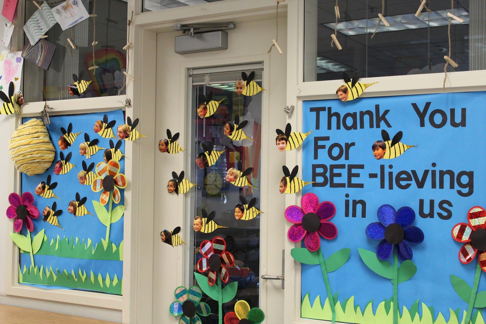 teacher door decorating ideas theme | Teacher Appreciation ...