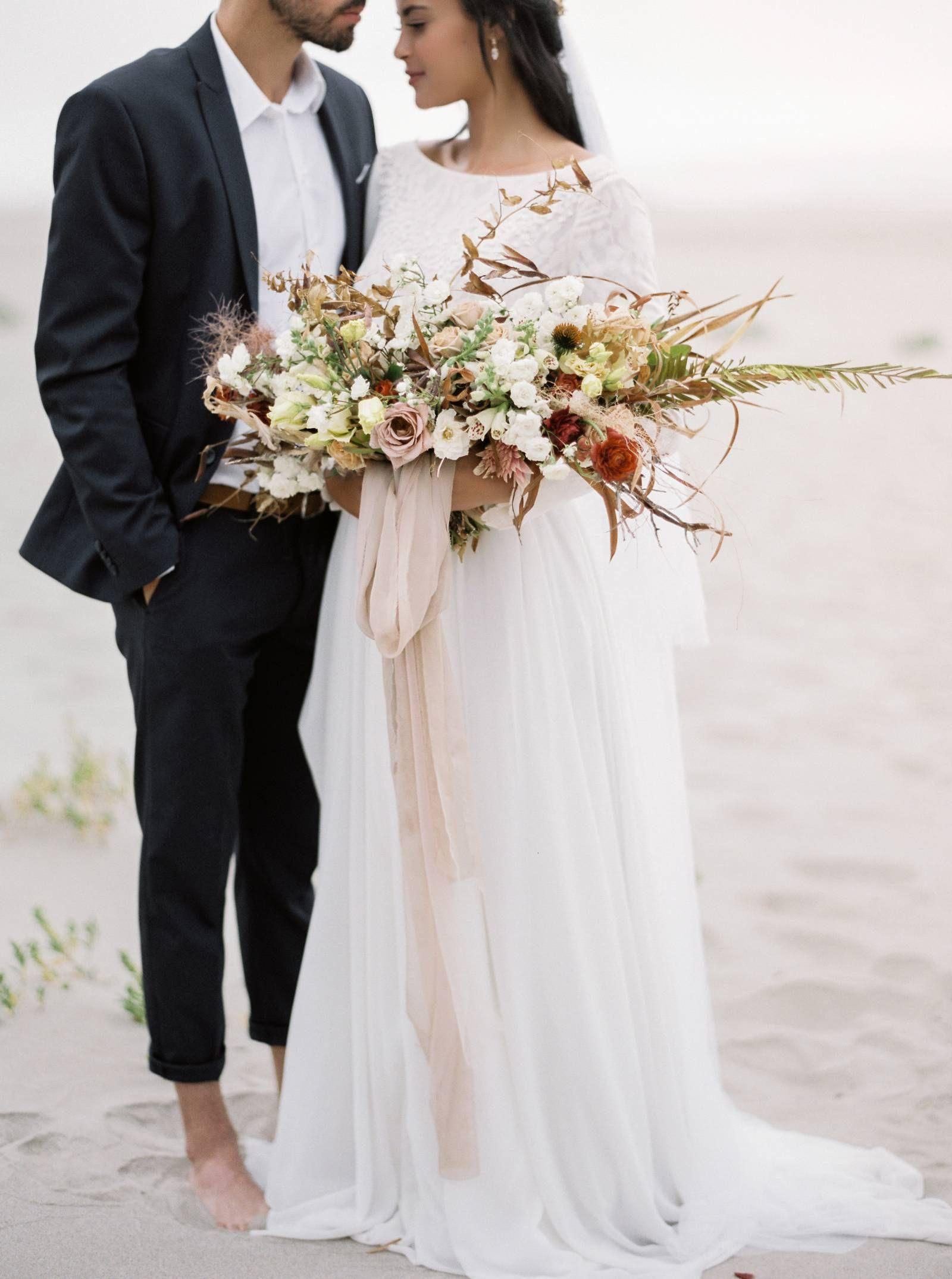 Simple Elegant Oregon Beach Elopement Ideas Oregon Wedding