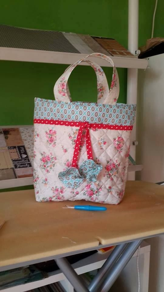 Quilted Bag + Flowers . Took the tut from Joann.com