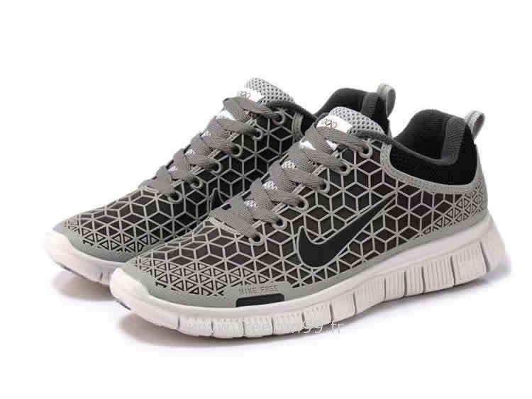 Nike 0 Homme Www 6 Blanc Chaussures Run Gris Free rzERr