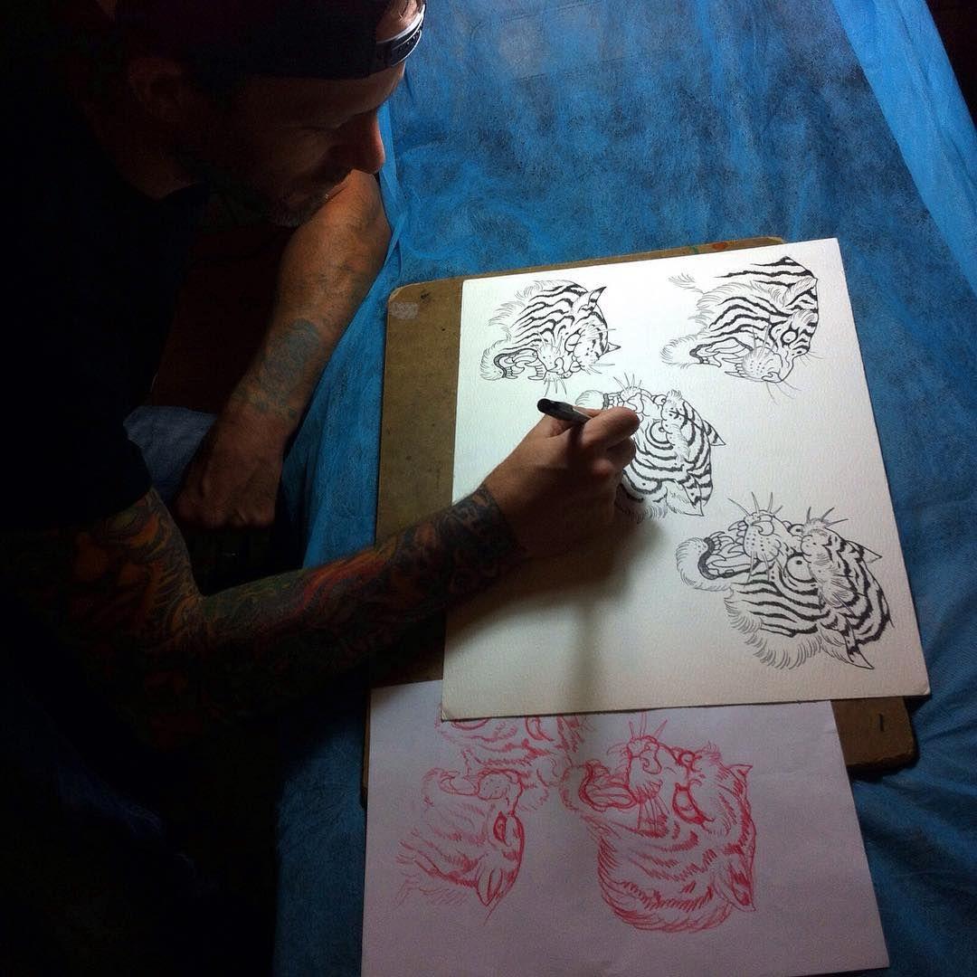 Comenzando este lunes con algunos dibujos... @hernan_ricotti  #tattoomagic #tattoomagicmadrid #tattoo #tattooline #tigers #tattootiger #japanese #japanesetattoo #studio #studiocolon #magiccolon #tattoomagazine #artwork #skecth #hernanricotti #drawing
