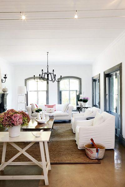 Viva Italia Dailyfix Grey Walls White Trim Living Room Style