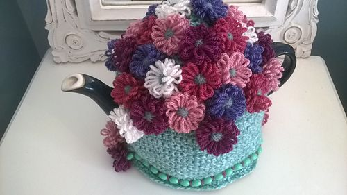 Ravelry: Grandma Mary Tea Cosy pattern by Nicola Florence