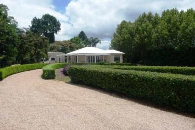 Vue de Lumieres Wedding  Venue. Maleny, Sunshine Coast Hinterland QLD