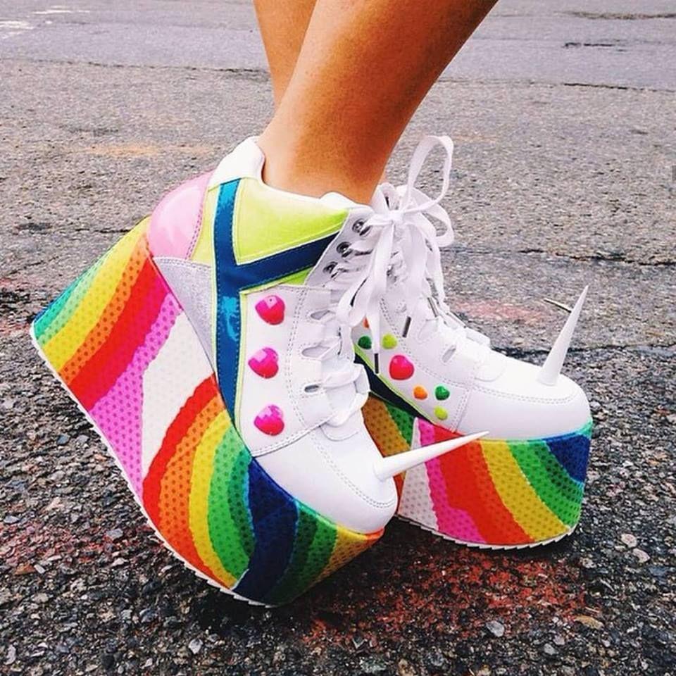 Unicorn platformz 🦄😍🌈 Tag your unicorn friend who needs these 💖
