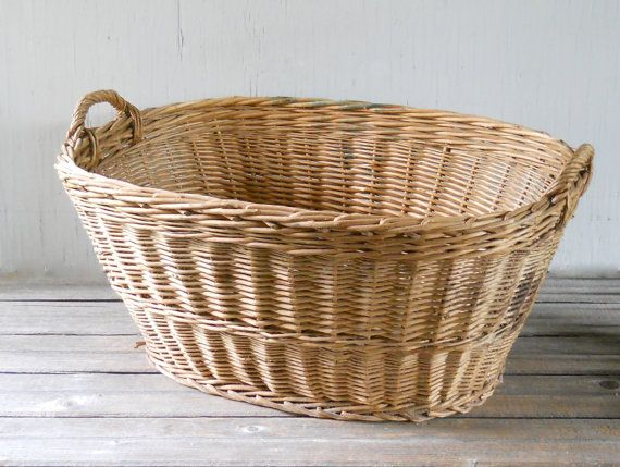 Vintage Wicker Laundry Basket Large Made in by lisabretrostyle2