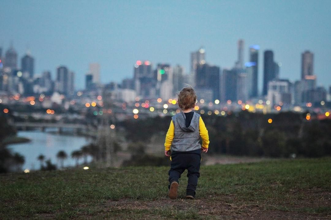 Good night Melbourne.  #melbourne #melbswest #city #skyline #australia #architecture #landscape #maribyrnong #river #MariMoments #melbourneiloveyou #sky #vsco #vscocam by maodg