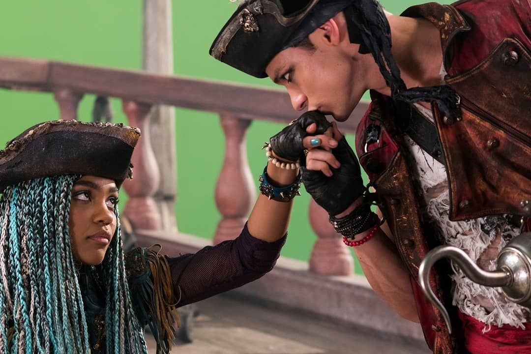 "Disney's Descendants 3 on Instagram: ""True love. �� #uma #chinamcclain #harryhook #thomasdoherty #gil #dylanplayfair #descendants2 #descendants3 #descendants #mal #dovecameron…"""