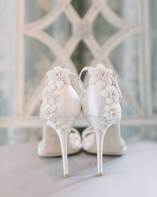 Wedding Shoes With Pearls And Bows Embellished Wedding Shoes Wedding Shoes Lace Wedding Shoes