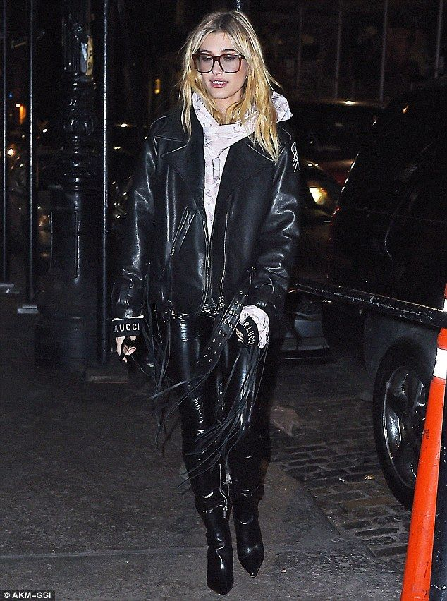 For her appearance, the Guess model combined biker chic with urban elements for her completed on-trend ensemble