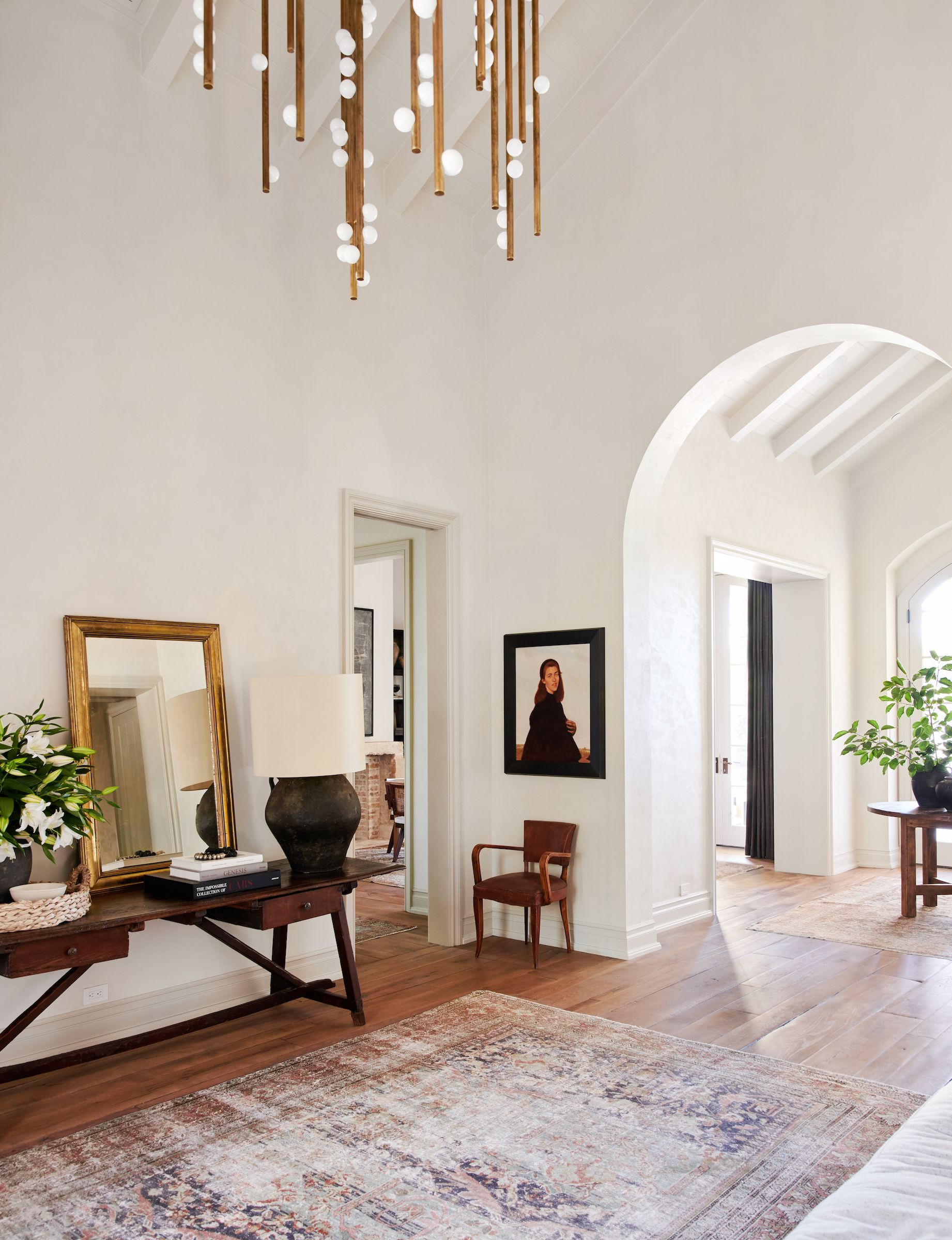 Inspired Interiors: Amber Interiors Home Tour. A beautiful traditional  home steeped in gorgeous vintage, conversation inspiring detail.