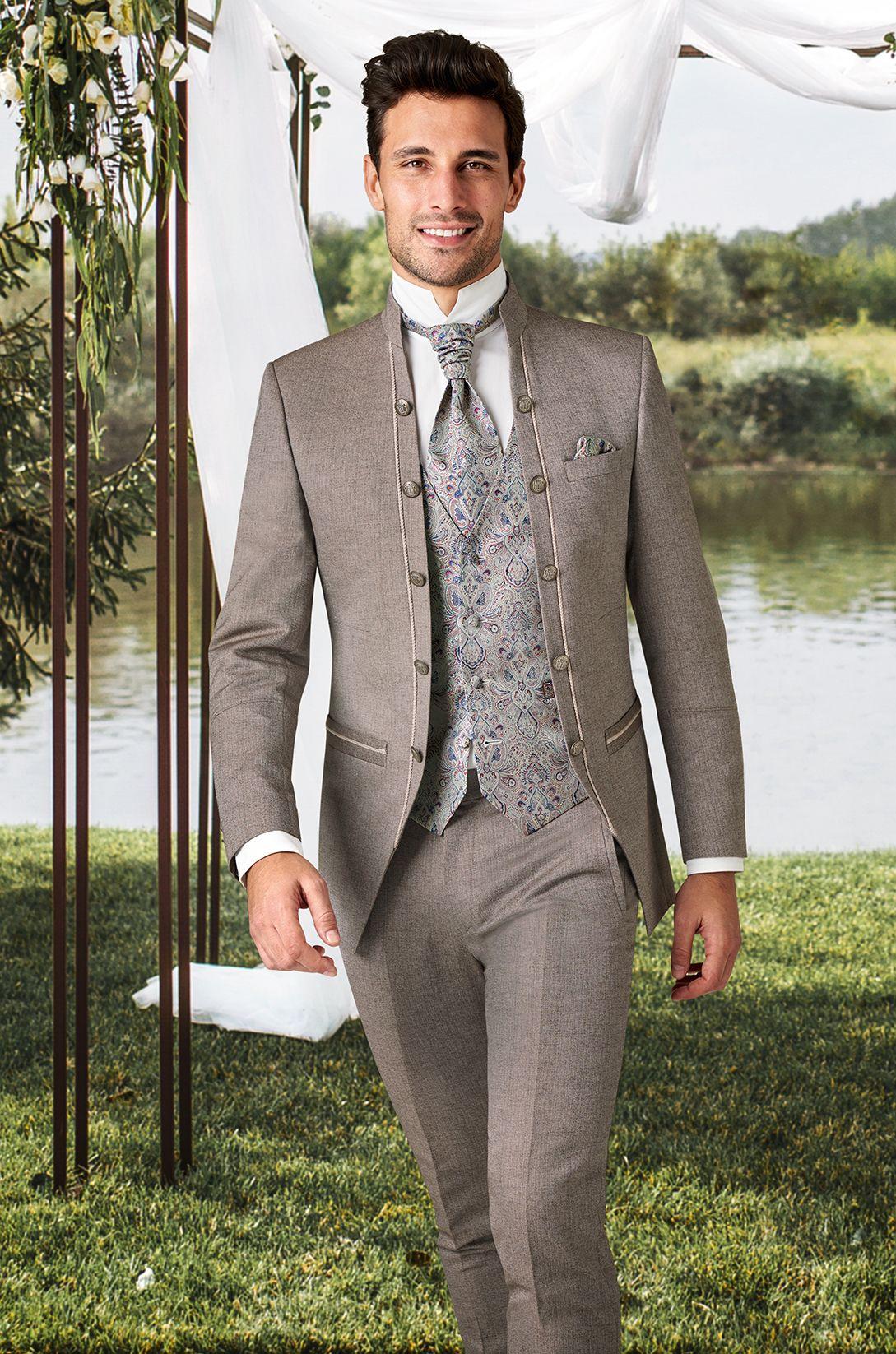 Die Neuen Royalen Tziacco Hochzeitsanzug Trends Sind Ab Dem 15 04 2019 Im Fachhandel Erhaltlich Mann Anzug Hochzeit Hochzeitsanzug Hochzeitsanzug Brautigam