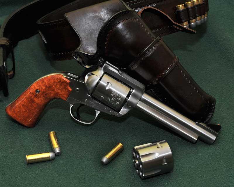 Ruger New Model Blackhawk Bisley Convertible  45 | revolvers